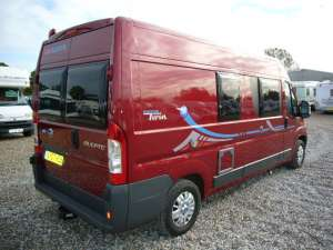 adria-twin-red-exterior-5