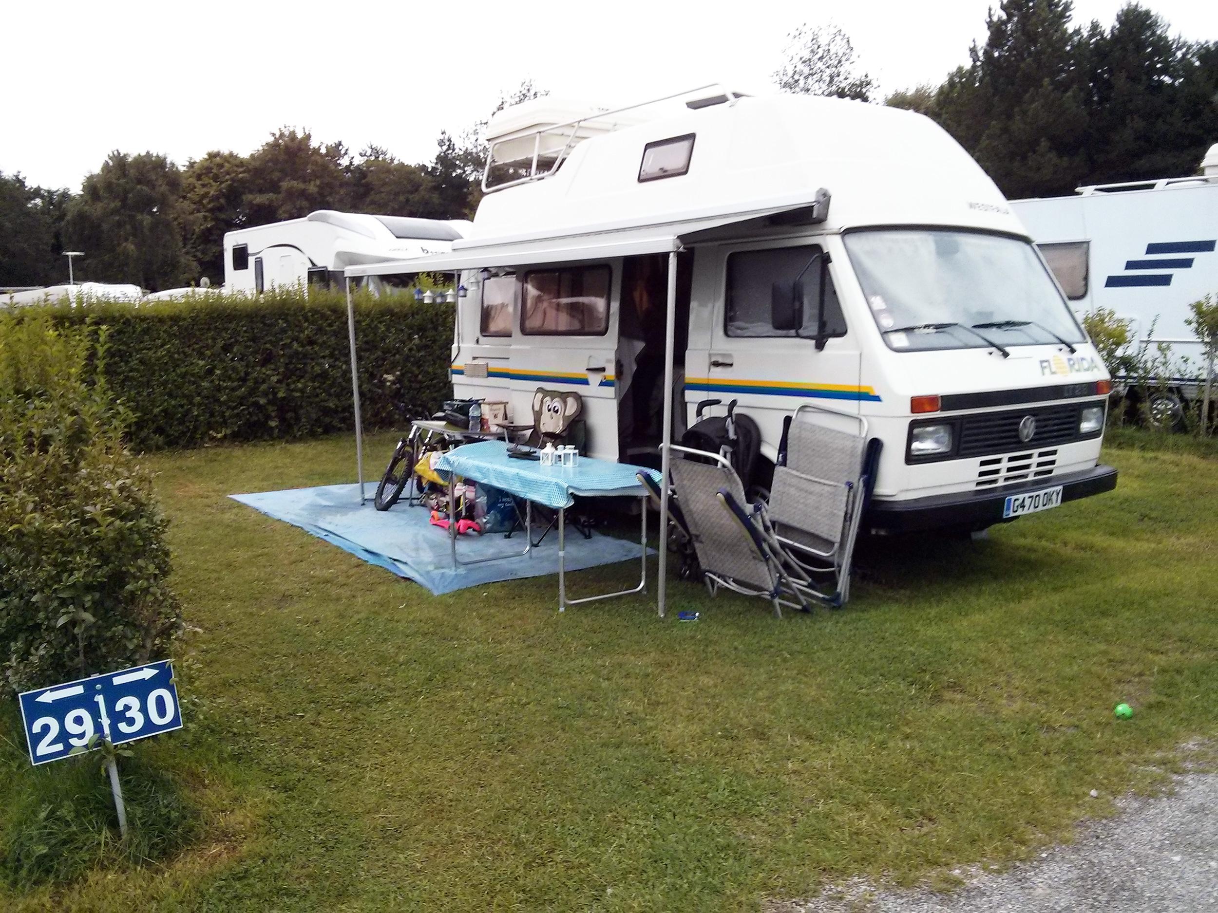 Camping stoneham le touquet pas de calais camper van man for Camping le touquet avec piscine