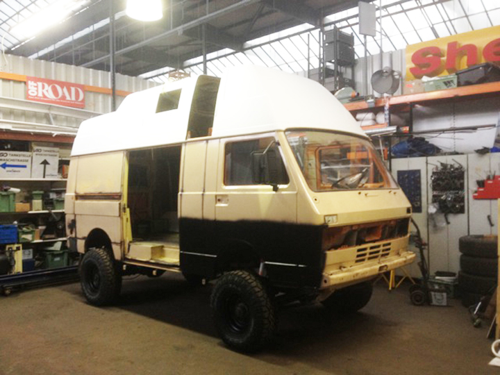 vw-lt-4x4-high-top-3
