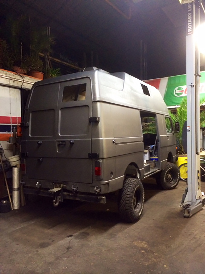 VW LT 4x4 High Top Camper Conversion